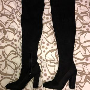 BLACK Thigh High ALDO Boots! Woman's Size 9!